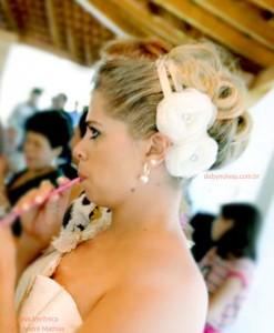 tiara de noiva duas flores e fitas