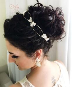 Tiara de noiva de pérolas trançadas com cristais